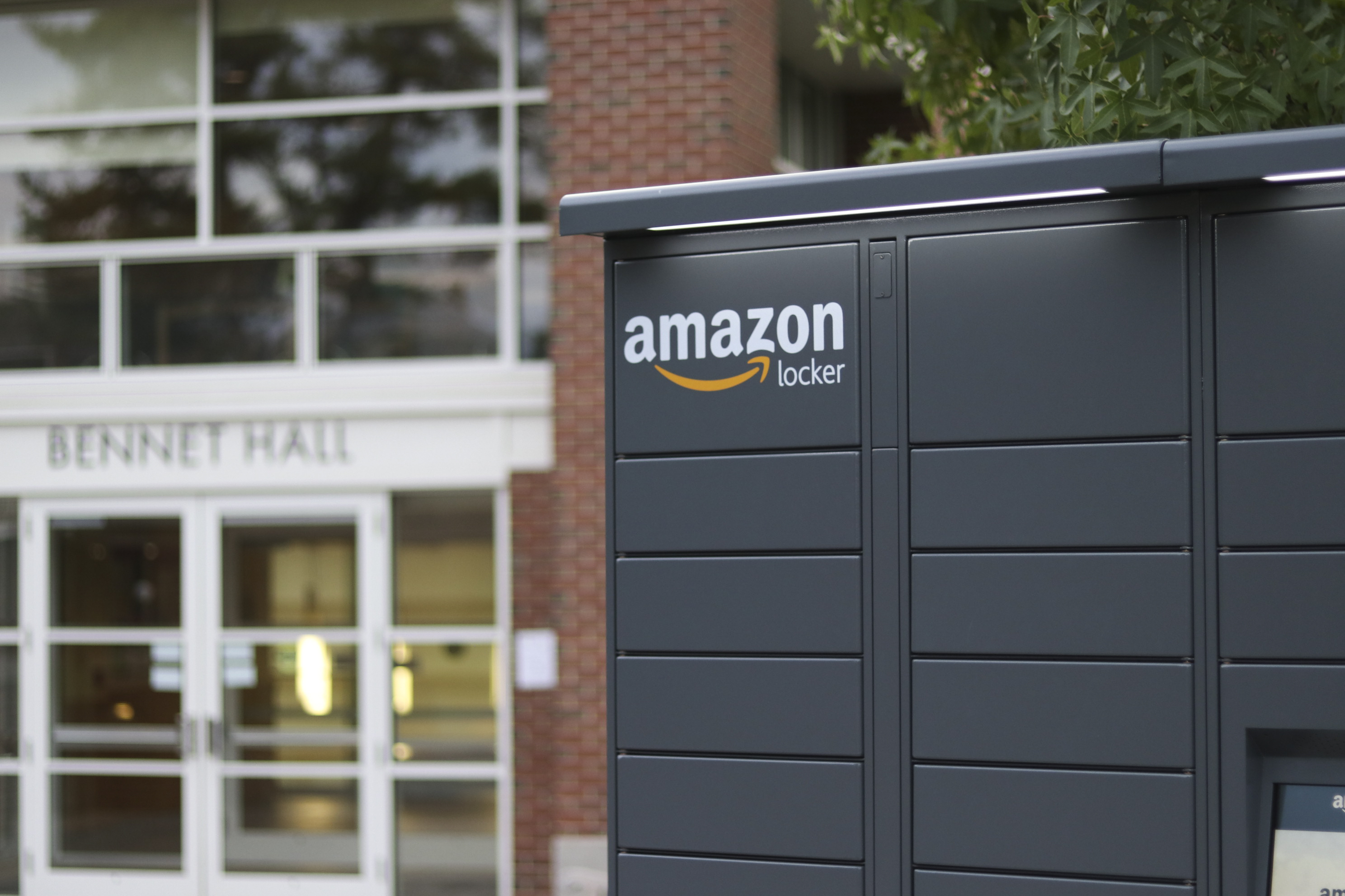 the wesleyan argus new lockers bring amazon directly to foss hill residents. Black Bedroom Furniture Sets. Home Design Ideas